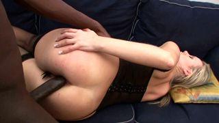 Grosse bite black pour son cul